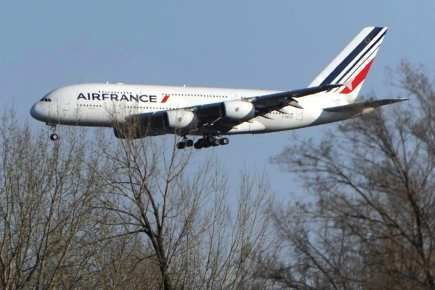 http://maud96.cowblog.fr/images/Avril2010/airbusa380airfrance.jpg