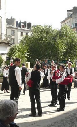 http://maud96.cowblog.fr/images/Morlaixmusiquecelt.jpg