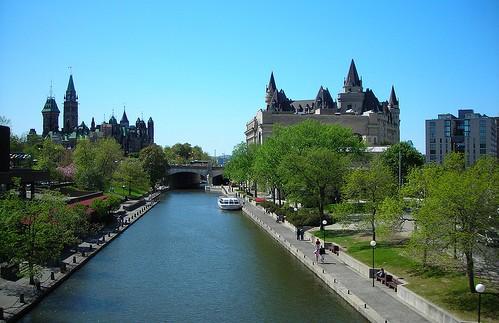 http://maud96.cowblog.fr/images/OttawacanalRideauEte.jpg